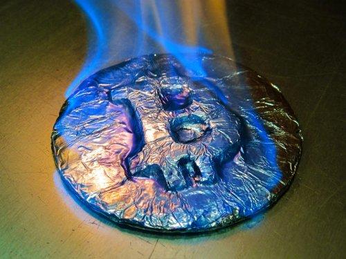Data Reveals Bitcoin Market 'Tinderbox' Caused Sudden $100 Billion Price Sell-Off