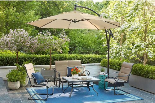 Have Fun Out Of The Sun With These 9 Patio Umbrellas