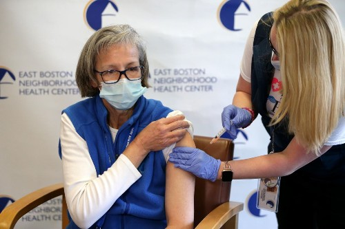 Moderna Covid-19 Vaccine: Here Is The Risk Of Severe Allergic Reactions