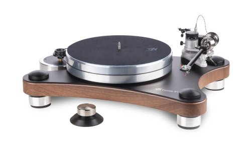 Family Company Is Thriving Making Turntables For Vinyl Aficionados