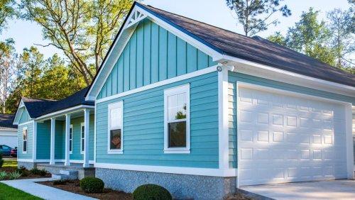 Modern Custom Home Siding Trends 2021