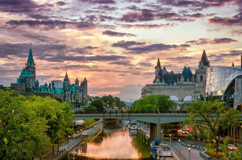 An Ottawa Castle Lowers Their Drawbridge And Welcomes Back International Travellers