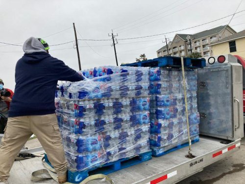 4 Bottles Of Water Per Resident? - Lessons From The Texas Crisis For Future Weather Extremes