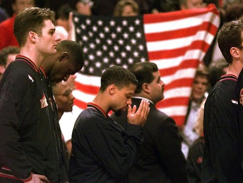 NBA Should Apologize To Mahmoud Abdul-Rauf And Rescind Anthem Standing Rule To 'Support Freedom Of Expression'