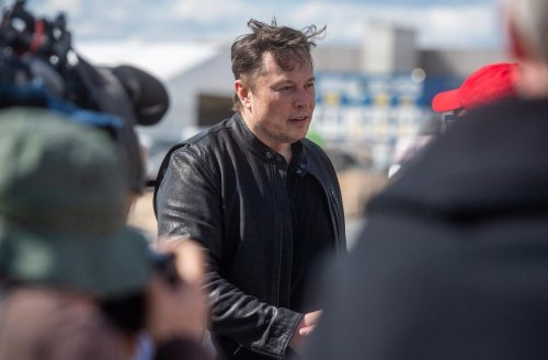 'I Won't Sell' Dogecoin—Tesla Billionaire Elon Musk Reveals Where He Stands In 'The True Battle' Between The Dollar And Crypto