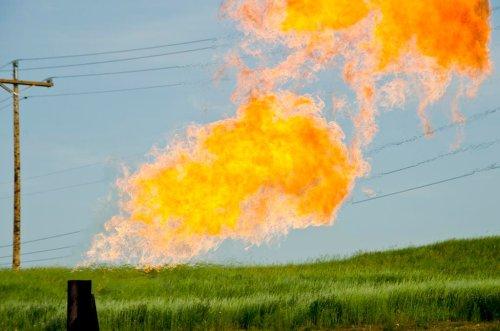 U.S. Fracking Boom Won't Bring Manufacturing Home: Analysts