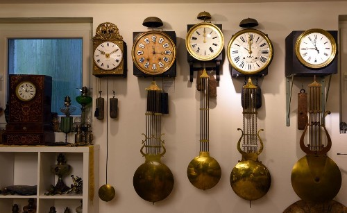 The First Clock In America Failed, And It Helped Revolutionize Physics