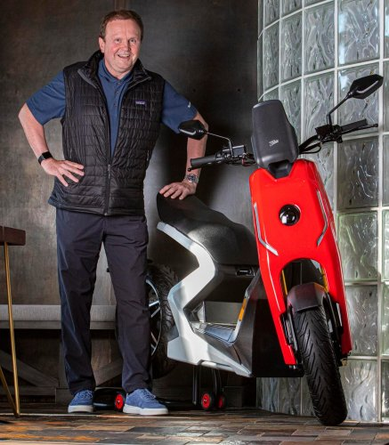 Super Electric Scooter Looks To Zapp Urban Mobility Market