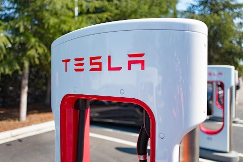 9 Electric Vehicle Growth Stocks To Watch