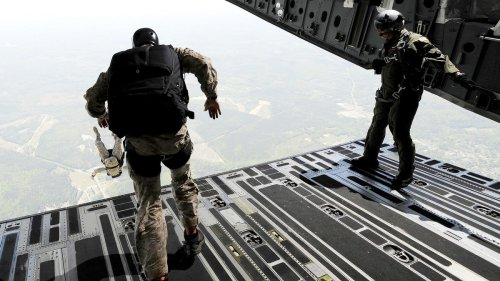The Navy SEAL Way To Effectively Lead Remote Teams