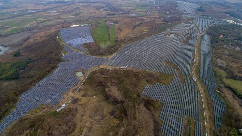 Why Building In Overcapacity At Solar Power Plants Makes So Much Sense