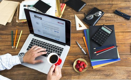Professional Blog Tips to Make Money Online cover image