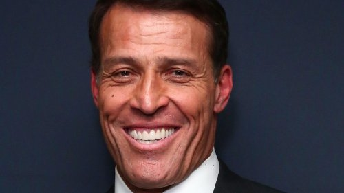 Tony Robbins: Rules To Becoming Wealthy – How To Become Rich Without Selling Your Soul
