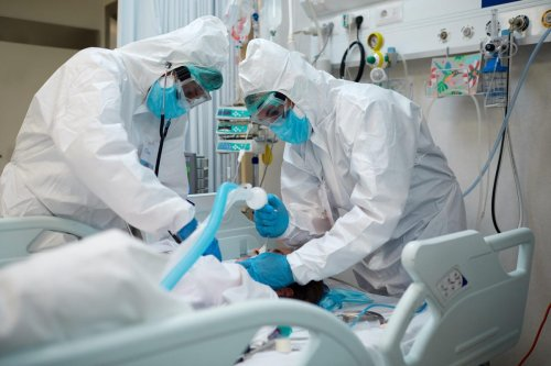 """Canadians End Up In ICU After Attending """"Covid Party"""""""