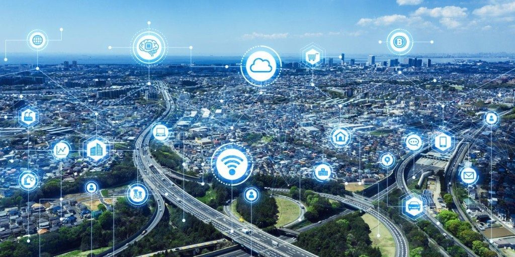 Council Post: 14 'Smart City' Tech Features That Will Soon Change Urban Centers