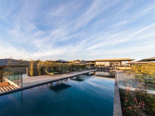 Hôtel de luxe 5 étoiles Version Maquis Citadelle : direction la Corse du Sud