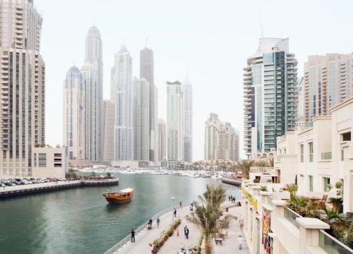 Comment expliquer la migration des riches vers Dubaï ? - Forbes France