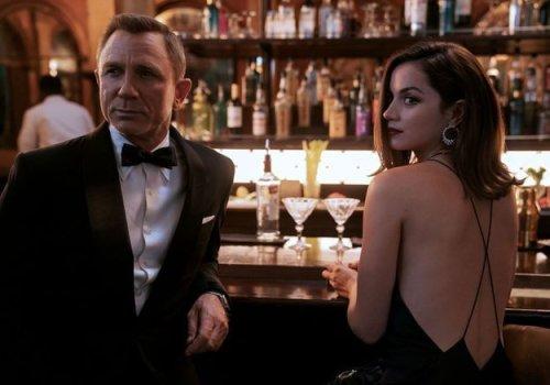 Très attendu, James Bond est vraiment de retour… Et c'est tant mieux ! - Forbes France