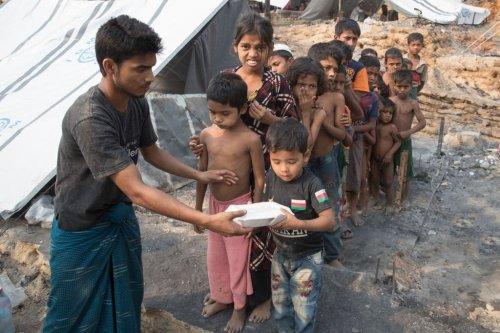 Myanmar : Facebook sommé de divulguer les données des comptes liés aux violences contre les Rohingyas - Forbes France