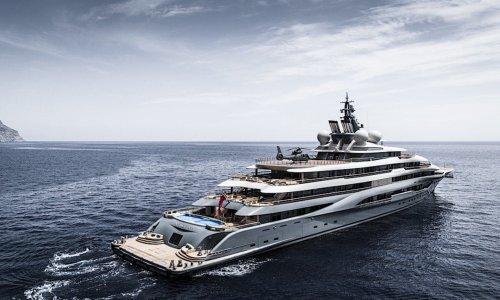 Espen Øino Flying Fox : Louez le plus prestigieux yacht au monde pour 4 millions de dollars la semaine - Forbes France