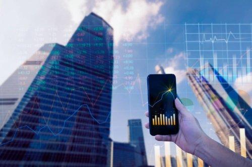 Sondage exclusif : Plus d'un dirigeant sur deux fait confiance à l'IA plutôt qu'à l'Homme | Forbes France