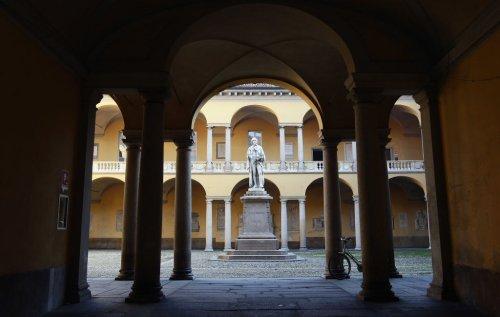 Il futuro passa dall'alta formazione: siglata una partnership tra Intesa Sanpaolo, Fondazione Banca del Monte di Lombardia e l'Università di Pavia