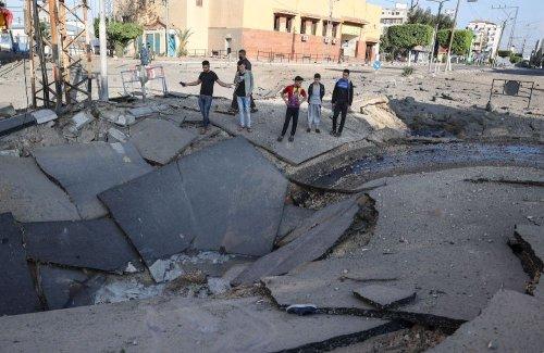Israel Mulls Gaza Ground Invasion