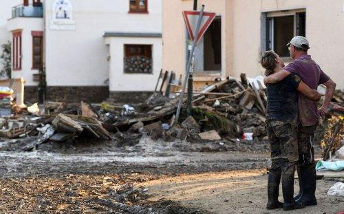 Germany's Floods Provide Test For Merkel's Potential Successors