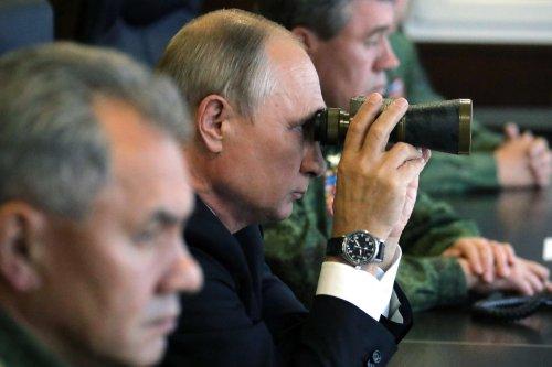 Is Russia Preparing to Go to War in Ukraine?