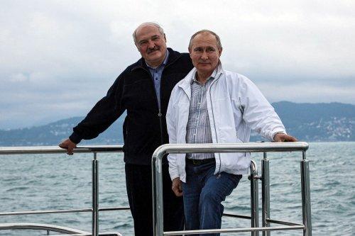 Putin and Lukashenko Are Reluctant Authoritarian Bros