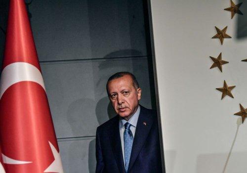 Cracks Are Growing in the Erdogan Regime