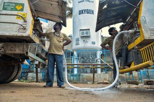 India's Coronavirus Crisis Plays Out on Twitter