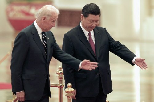 Biden Looks for Defense Hotline With China