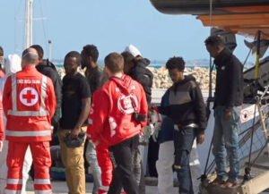 Migranti, un'emergenza di tutti non soltanto siciliana
