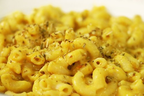 Kid & Adult Friendly (Vegan) Mac & Cheese - Forkly