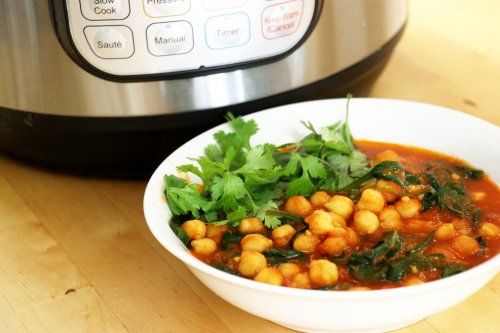 Instant Pot Indian Chana Masala - Forkly