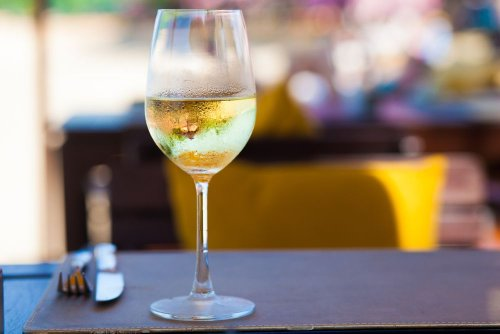 The Benefits of Drinking Wine - Forkly