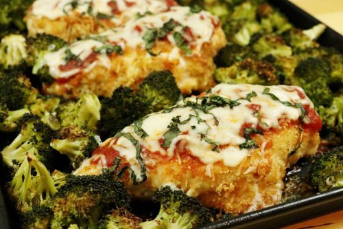 Sheet Pan Chicken Parmesan - Forkly