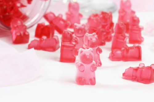 Rosé Wine Gummy Bears You Can Make At Home - Forkly