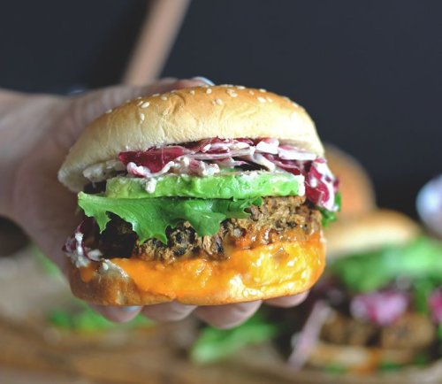Vegan Burgers Even Meat-Lovers Will Devour - Forkly