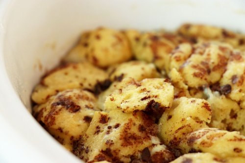 Crock Pot French Toast Cinnamon Roll Casserole - Forkly