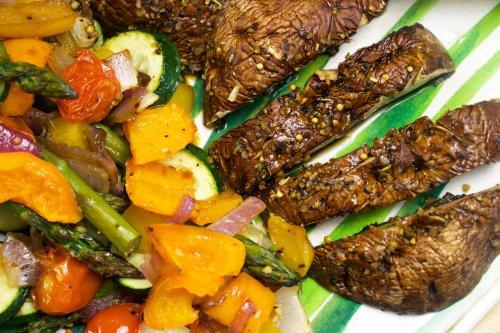 No-Grill Vegan Mushroom Steak Dinner - Forkly