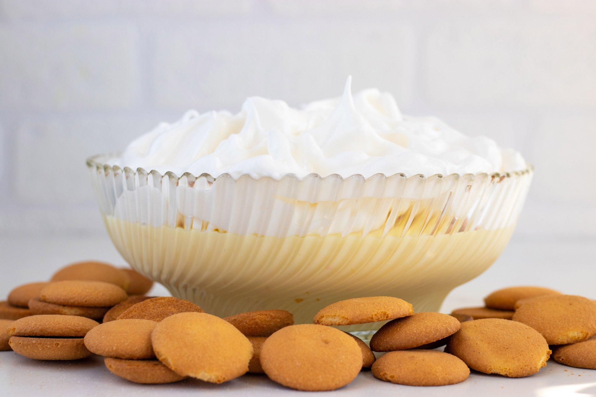 Easy No-Bake Lemon Meringue Pie Dip - Forkly