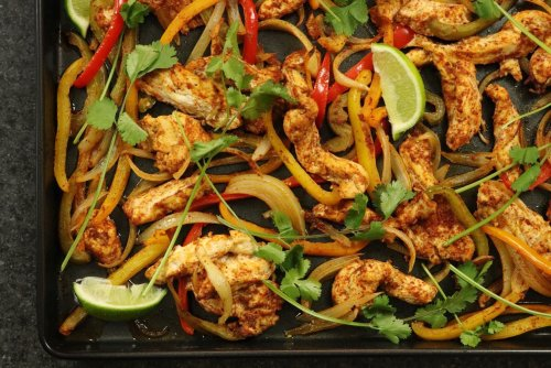 One-Pan Chicken Fajitas - Forkly