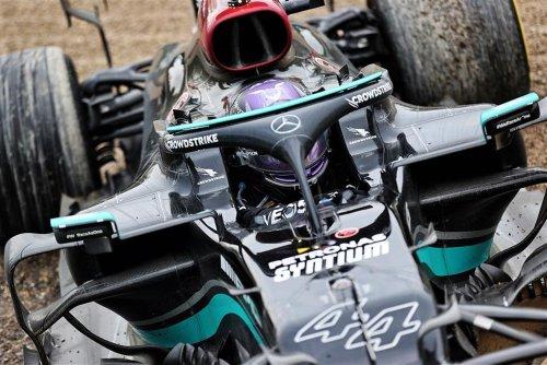 Ex-F1 Driver Claims Lewis Hamilton 'Often Makes Mistakes'