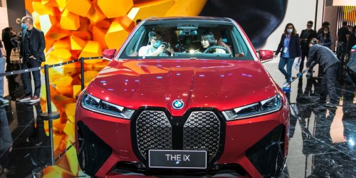 BMW's new electric SUV is ugly and dull—but looks can be deceiving