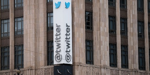 Hackers didn't access user passwords, Twitter says