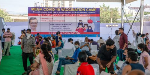 India administers 1 billionth COVID vaccine, but its inoculation drive has a major flaw