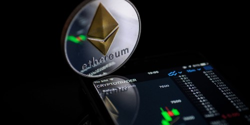 Despite Crashes, 6 of the Top 10 Cryptocurrencies Are Still Showing Gains in the Past Month