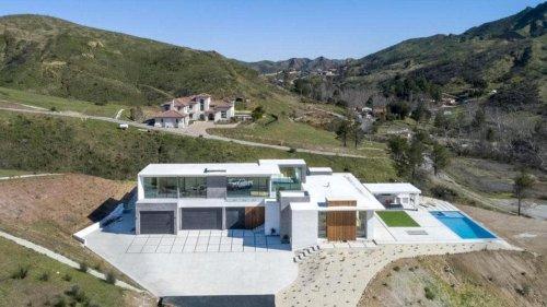 Taylor Lautner's $3.8 Million Agoura Hills Retreat | FotoSCAPES